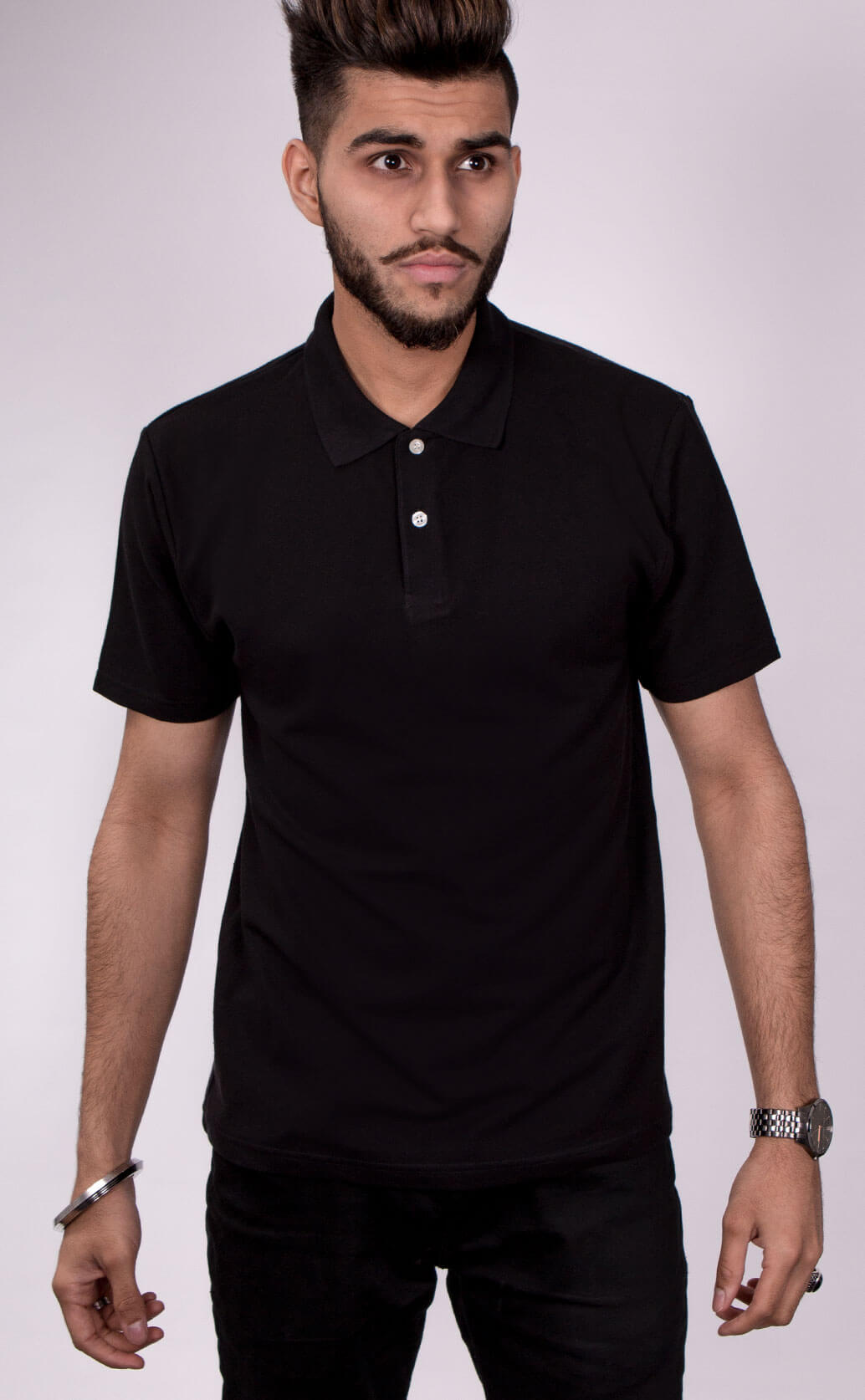 Size guide image for Mens Polo shirt type. Model is dressed in black