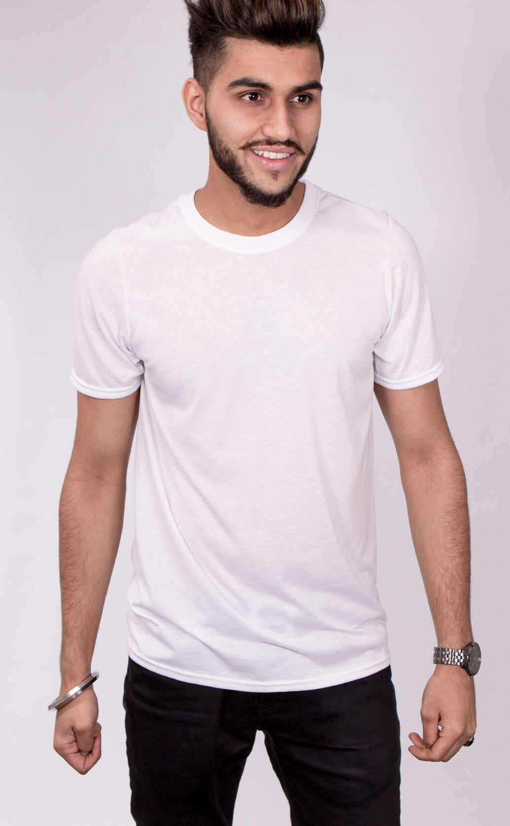 Size guide image for Mens Sub shirt type. Model is dressed in white t shirt and black trousers