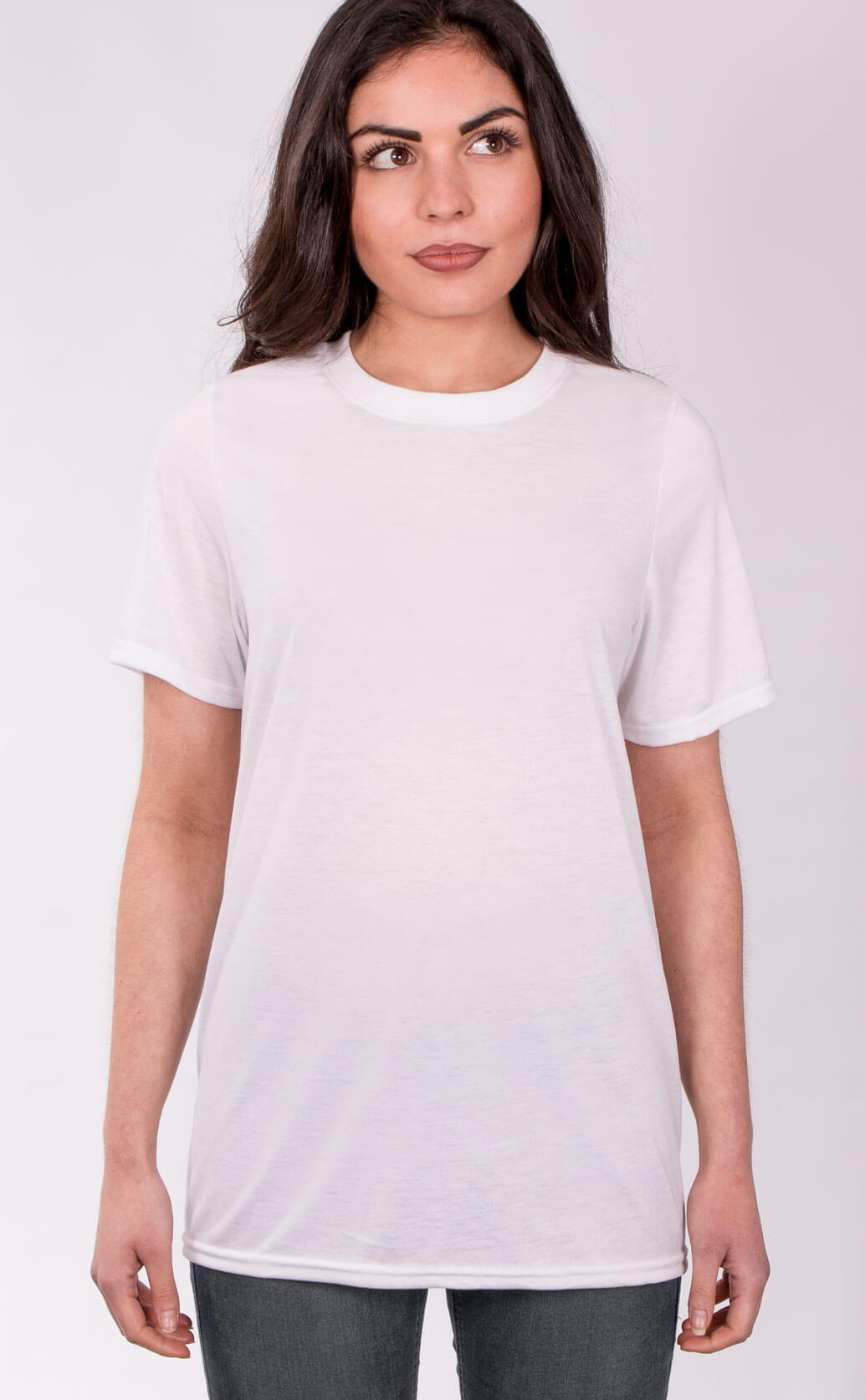 Size guide image for Unisex Sub shirt type. Model is dressed in white t shirt and dark jeans
